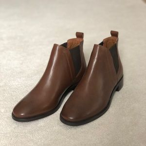 Brand New Topshop Brown Leather Chelsea Boots Sz37